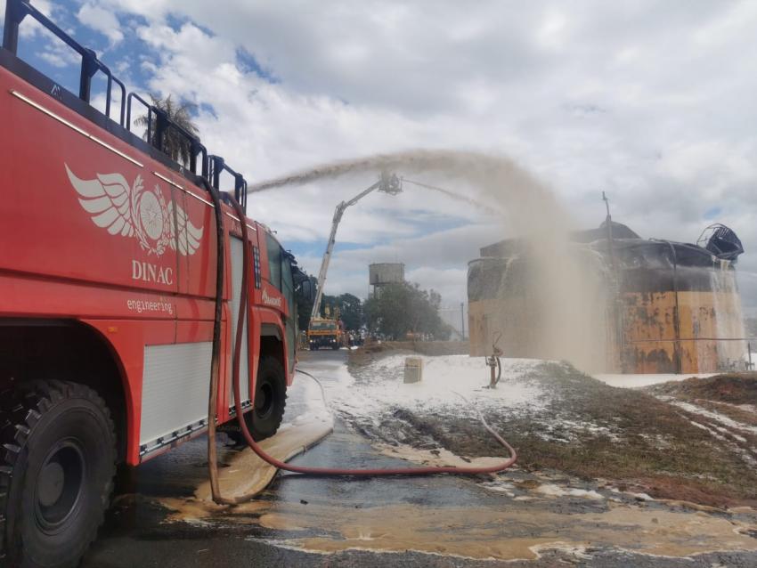Servicio de Extinción de Incendios (SEI) del Aeropuerto Internacional Silvio Pettirossi.